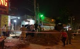 Sập công trình thi công đường ống thoát nước, dân đào bới cứu được 1 người, người còn lại tử vong