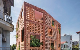 Lạ mắt với ngôi nhà toàn lỗ của chuyên gia gốm sứ tại Bát Tràng