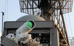 """Súng máy laser của Lục quân Mỹ làm """"bốc hơi"""" các mục tiêu"""