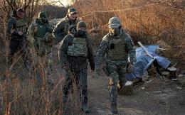 """Ukraine đang tạo cớ cho cuộc """"phiêu lưu"""" quân sự ở Donbass?"""
