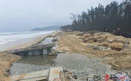 Kè chống sạt bờ biển 300 tỷ bị sóng đánh sụp mái, bảo hiểm trả 4 tỷ đồng