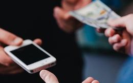 Sự khác biệt giữa việc mua smartphone trực tuyến và tại cửa hàng