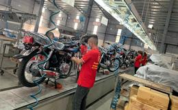 """Lộ diện """"ngựa sắt"""" na ná huyền thoại tay côn Honda CG125, lắp ráp tại Việt Nam, giá cực rẻ"""