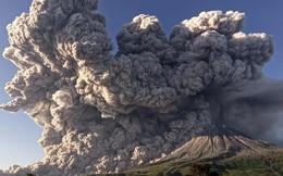 24h qua ảnh: Núi lửa phun trào như ngày tận thế ở Indonesia