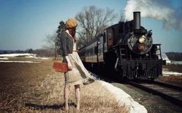 Đời người như những chuyến tàu, đừng mải mê chạy theo chuyến tàu của người khác mà quên đi bản thân mình
