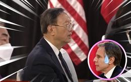 """""""Ván bài lật ngửa"""": Từ 1 hành động nhỏ của ông Dương Khiết Trì, dân TQ hả hê nói """"Mỹ thua rồi"""""""