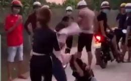 Nữ sinh bị bạn gái 'yêu râu xanh' đánh ghen, lột đồ, quay clip tung lên mạng
