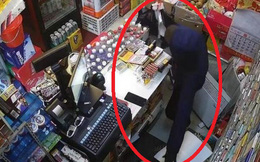 Hơn 6h sáng đã có khách vào hỏi mua 12 bịch giấy vệ sinh, chủ siêu thị sinh nghi và sửng sốt khi kiểm tra camera giám sát