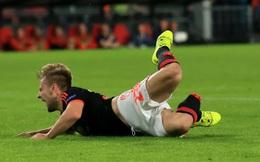 Từ sự cố của Hùng Dũng, nhìn lại những chấn thương kinh hãi nổi tiếng nhất thế giới bóng đá: Người giải nghệ, người không thể lấy lại phong độ