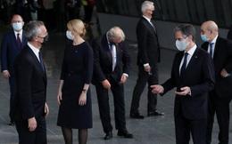 """30 Ngoại trưởng NATO tụ hội, họp bàn ngăn chặn TQ áp sát, Bắc Kinh dửng dưng: """"Chẳng phải lo"""""""