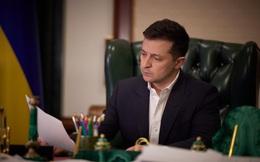 """Tổng thống Ukraine thông qua sắc lệnh về chiến lược """"giải phóng"""" Crimea"""