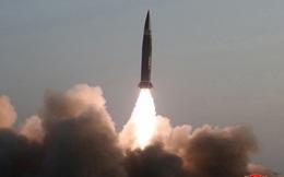 """Giải mã loại tên lửa """"xịn"""" của Triều Tiên vừa được phóng"""