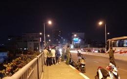 TP.HCM: Thanh niên bất ngờ nhảy cầu tự tử khi đang cãi nhau với bạn gái