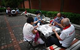 Vấn nạn người già bị lừa đảo ở Trung Quốc, xót xa câu nói: Nhảy  sông tử tự là xong!