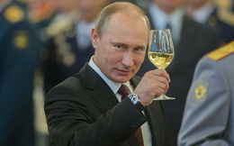Ever Given chắn Suez: Thế giới thiệt hại, Moscow thắng lớn với yếu điểm của Nord Stream 2