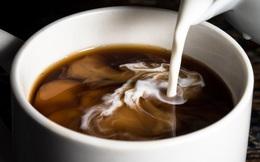 Vì sao không nên pha cà phê với sữa đặc, đường trắng? Top 5 nguyên liệu pha cà phê hại sức khỏe nhất