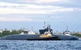 Tàu ngầm Nga xuyên thủng lớp băng ở Bắc Cực: Một đột phá lịch sử!