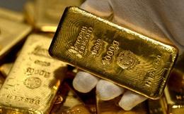 Giá vàng đột ngột lao dốc mạnh xuống đáy 9 tháng
