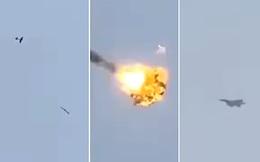 Tiêm kích F-15 phóng tên lửa tấn công: UAV bị bắn tan xác, nổ tung trên trời