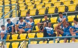 NÓNG: Đội nhì bảng V.League đình công, nhiều trụ cột bỏ tập vì bị nợ lương gần 1 năm