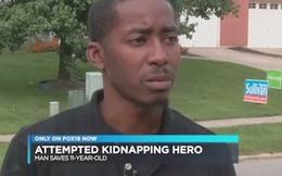 Thấy khẩu hình miệng của bé gái 11 tuổi, người đàn ông nhận ra điều bất thường, vội báo cảnh sát