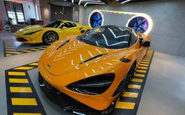 """Gara ô tô chật ních siêu xe của nữ doanh nhân cà phê bỗng xuất hiện một Honda Dream """"lạc lõng"""""""