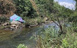 Đà Nẵng: Xe ben chở keo mất phanh lật xuống vực, 2 người thương vong