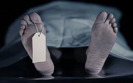 Bác sĩ chuẩn bị mổ khám nghiệm tử thi thì người chết đột ngột động đậy, lời giải thích sau đó khiến tất cả phải cạn lời