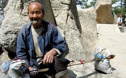 Lão nông nhặt được thanh bảo kiểm gỉ sét ngoài ruộng, đem về mài sắc - Chuyên gia tiếc nuối: Cổ vật đã biến thành sắt vụn!