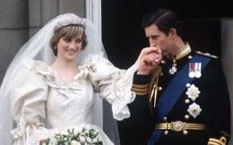 """Đằng sau cuộc hôn nhân đổ vỡ giữa Công nương Diana và Thái tử Charles: """"Đừng nói rằng họ chưa từng yêu nhau"""""""