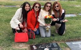 Vợ cũ Bằng Kiều viếng thăm mộ danh ca Ngọc Lan nhân 20 năm ngày mất