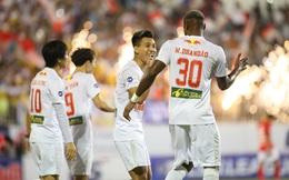 """Được """"đưa lên mây"""", liệu HAGL đã đủ sức sánh vai CLB Hà Nội trên đỉnh V.League?"""