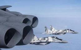 Ukraine cho phép máy bay NATO ra vào không phận Crimea