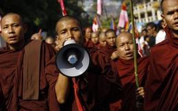 Myanmar: Kêu gọi người dân tụ tập đọc kinh, thách thức quân đội dịp nghỉ năm mới
