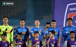 """Chủ tịch CLB Quảng Ninh """"chốt"""" chuyện lương, báo tin cực vui cho cầu thủ đội nhà"""