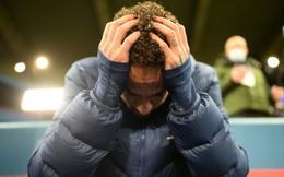 Neymar gục đầu ôm mặt, xúc động không nói nên lời sau khi loại Bayern