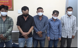 Băng nhóm dàn cảnh va quẹt xe với phụ nữ để trộm cắp tài sản ở Sài Gòn