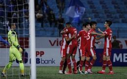 TRỰC TIẾP Viettel FC 2-0 Than Quảng Ninh: Vừa giải tỏa chuyện lương thưởng, đội khách lại sụp đổ khó tin