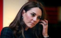Công nương Kate bất ngờ bị dân chúng yêu cầu điều tra, mất điểm trầm trọng vì một hành động ngỡ bình thường