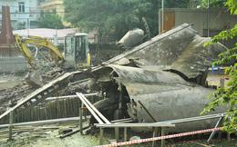 Cận cảnh tu sửa hồ chứa xác máy bay B52 cuối cùng bị bắn hạ tại Hà Nội