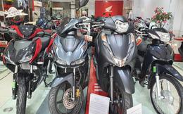 """Giá xe Honda SH tiếp tục """"tăng phi mã"""", chạm mốc cao kỷ lục"""