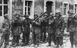 """Chỉ huy """"say"""" vá không kịp sai lầm: Đức Quốc Xã bất ngờ thắng Hồng quân lần cuối ở Thế chiến II"""