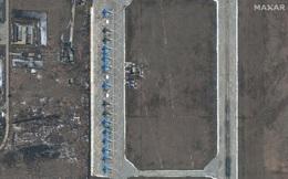 Ảnh vệ tinh cho thấy hàng dài cường kích Su-34 của Nga tập trung gần biên giới Ukraine