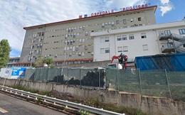Nhân viên bệnh viện trốn việc 15 năm vẫn nhận lương, tổng cộng gần 15 tỷ đồng