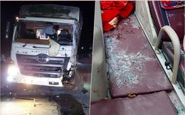 Xe tải đổ dốc, đâm trực diện xe khách giường nằm, hành khách hoảng loạn