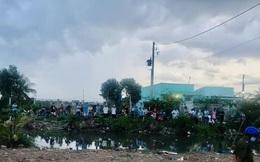 CLIP: Cả trăm người kéo đến xem thi thể phân hủy ở Bạc Liêu