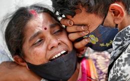 Covid-19 ở Ấn Độ: Chuyện những thi thể chưa được đếm và phép tính đau lòng 2000 nhân ...30?