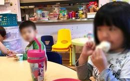 Con gái bị bạn học giẫm váy ở lớp mẫu giáo, người mẹ liền đòi bồi thường nhưng nghe đến giá phụ huynh nào cũng cấm con mình chơi với cô bé