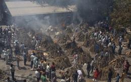 24h qua ảnh: Bãi hỏa thiêu Ấn Độ quá tải vì Covid-19