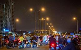 """Bắt tạm giam 5 """"quái xế"""" chặn đường cao tốc để đua xe ở Sài Gòn"""